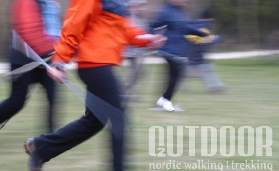 nordic walking karmunka gyakorlása
